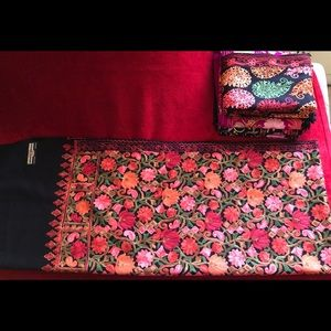 Indian Kashmiri Shawls, Medium Size. Brand New